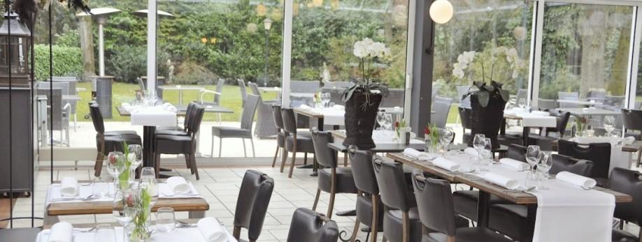 Onze serre is geschikt voor uw feest, bruiloft of zakelijke bijeenkomst...